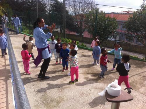 École de quartier géré par les habitants